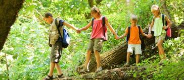 Doğayla İçiçe Büyüyen Çocuklar